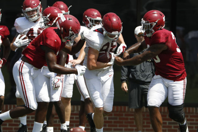 8/14/18 MFB Practice Alabama linebacker Ben Davis (1) Alabama tight end Major Tennison (88) Alabama linebacker Anfernee Jennings (33) Photo by Robert Sutton 8/14/18 MFB Practice Alabama linebacker Ben Davis (1) Alabama tight end Major Tennison (88) Alabama linebacker Anfernee Jennings (33) Photo by Robert Sutton