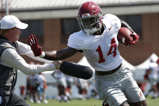 8/6/19 MFB vs practice Alabama wide receiver Tyrell Shavers (14) Photo by Kent Gidley 8/6/19 MFB vs practice Alabama wide receiver Tyrell Shavers (14) Photo by Kent Gidley